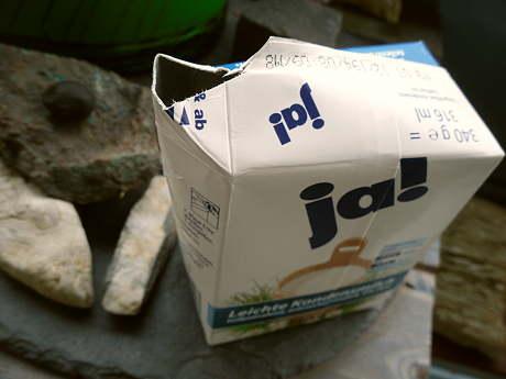 """Kondesnmilch in der Tüte - """"Marke Ja"""""""