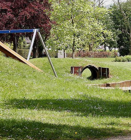 Spielplatz am/im Rosengarten Hersbruck