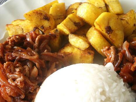 Kochbanane, Reis, Sauce
